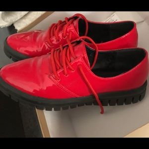 Shoes - Oxfords. Red and fashionable!